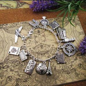 Jewelry - Traveling lover charm bracelet